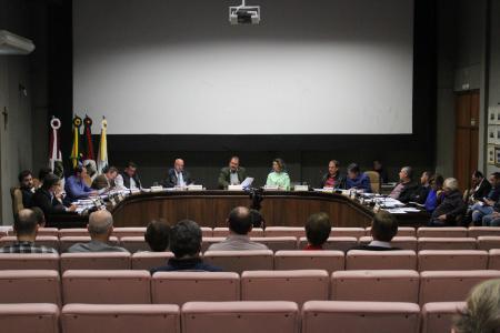 Pautas do município abordadas na sessão