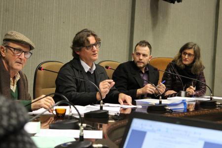 Contador esclareceu dúvidas sobre projetos de repasse para a Secretaria de Educação