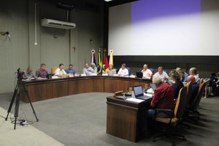 Dos 11 projetos do Executivo arquivados em 2019, nove foram desarquivados durante a sessão ordinária desta terça-feira, dia 11.
