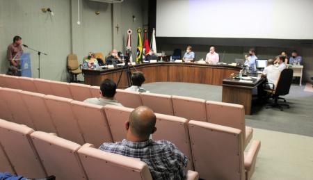 Legislativo acata veto ao projeto que obriga reserva de vagas aos motoboys